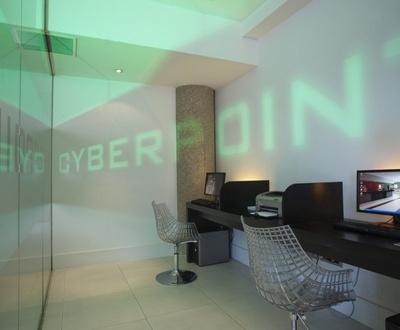 Cyber corner près d´IFEMA Hôtel Nuevo Boston